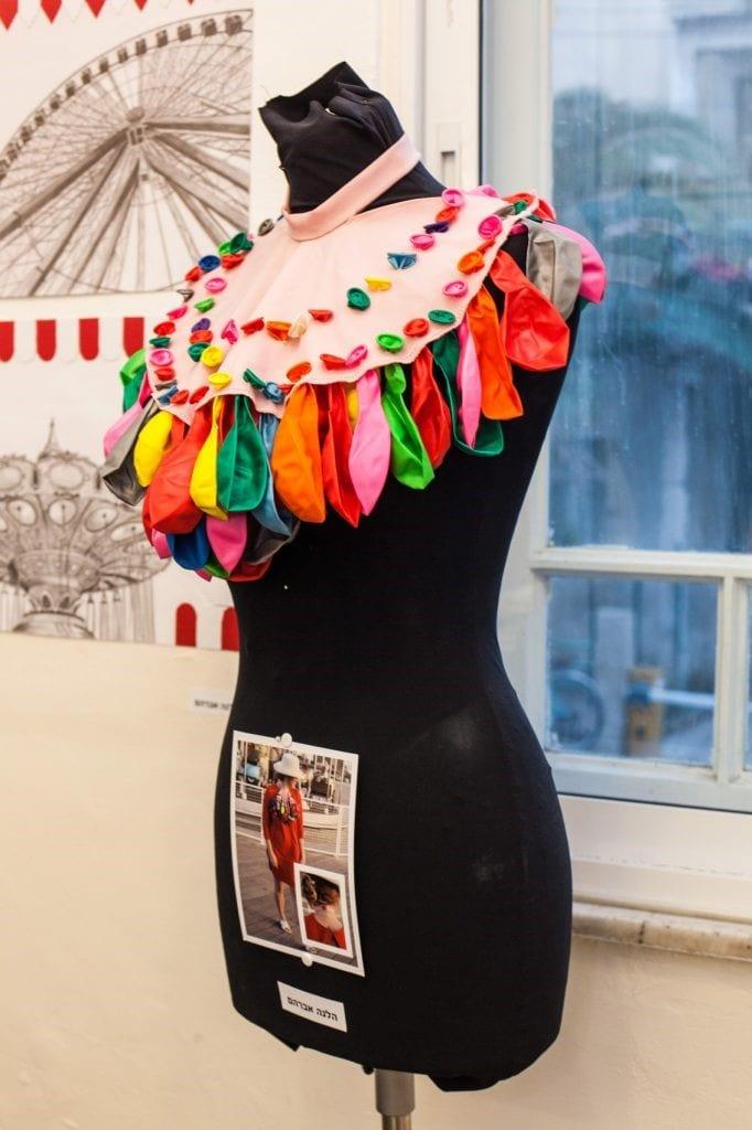 הכנת תיק עבודות במכינה לעיצוב אופנה
